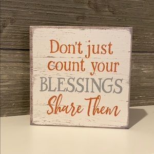 "🆕 Vintage Farmhouse Wooden ""Blessings"" Sign"